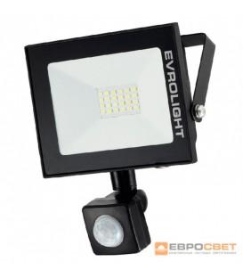 Прожектор светодиодный ЕВРОСВЕТ 30Вт с датчиком движения EV-30-504D 6400К