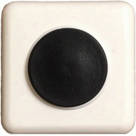 Кнопка к дверному звонку 220В IP20